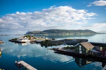 Fosnavåg an der norwegischen Westküste in Norwegen / Skandinavien