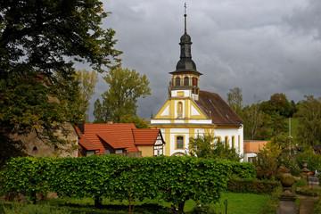 Schloss Oberschwappach in Oberschwappach im Naturpark Steigerwald, Gemeinde Knetzgau, Landkreis Haßberge, Unterfranken, Franken,  Deutschland