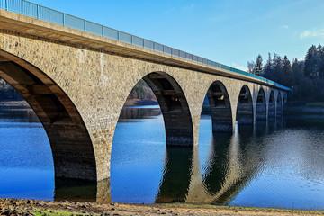 Klamer Brücke an der Versetalsperre im Sauerland, Deutschland