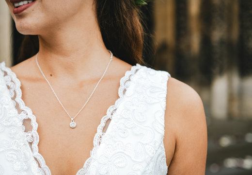 Close up of a bride with a diamond necklace