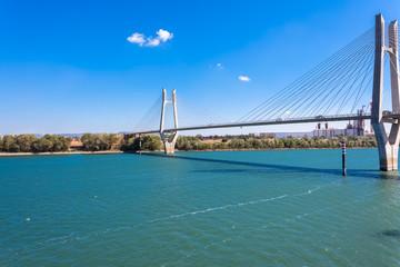 Pont de Beaucaire-Tarascon sur le Rhône