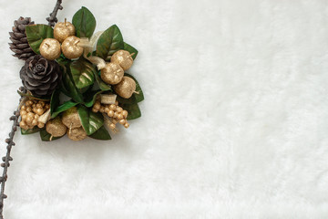 xmas gold wreath