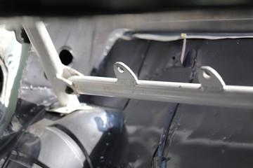 Race car's roll cage design
