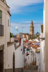 JEREZ DE LOS CABALLEROS, BADAJOZ, SPAIN - NOVEMBER 24, 2018: alleys of whitewashed houses typical of the village of Jerez de los Caballero, in the province of Badajoz