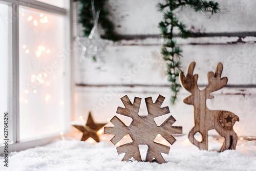 Winterliche Weihnachtsgrüße.Romantisch Winterliche Weihnachtskarte Mit Hübscher Holzdekoration