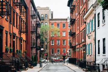 Colorful houses along Gay Street in the West Village, Manhattan, New York City Fotobehang