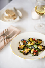 Mussels with curried lentils and watercress