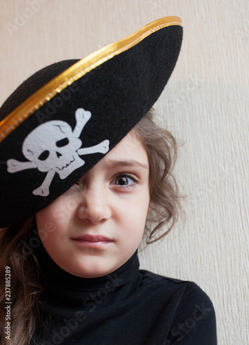 d75472d6981 Portrait of a little girl in a pirate hat