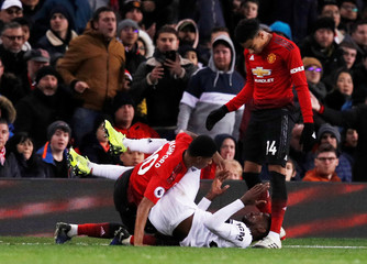 Premier League - Manchester United v Fulham