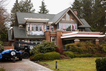 A home owned by the family of Huawei CFO Meng Wanzhou, who is being held on an extradition warrant, is pictured