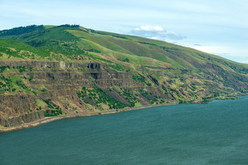 Cliffs overlooking the Columbia River Gorge in Washington state, USA