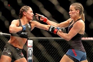 MMA: UFC 231-Chookagian vs Eye