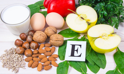 The ingredients of the dishes containing vitamin E. A healthy diet.
