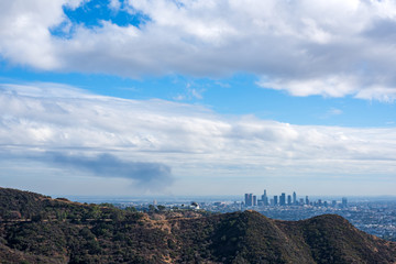 Wall Mural - Los Angeles seen from Bronson canyon on a cloudy day