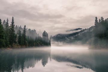 moody autumn day Fototapete