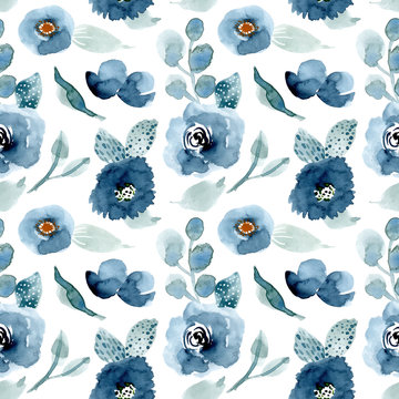 pretty blue floral watercolor seamless pattern