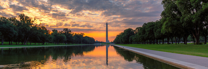 Panoramic sunrise at Washington Monument, Washington DC, USA