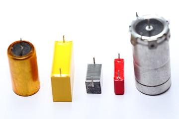 verschiedene Kondensatoren, Bauteile
