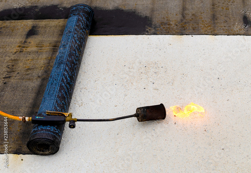 Material and equipment for waterproofing roofs and terraces  Roll of