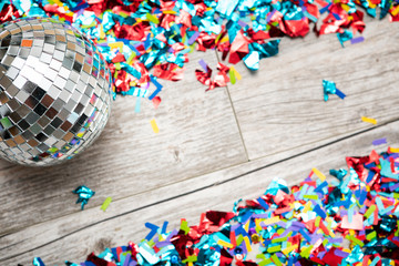 NYE2019: Confetti Background With Mirrored Disco Ball