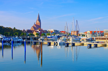 Barth Hafen, alte Stadt am Bodden in Deutschland - Barth Harbour, an old town in northern Germany