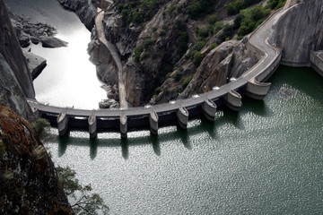 Barrage Road over a dam