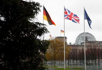 Merkel and May discuss Brexit in Berlin