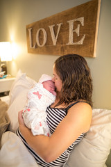 Home Birth  / Newborn / Midwife