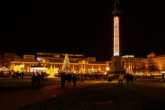 Glanzlichter Schloßplatz Stuttgart Weihnachtsmarkt