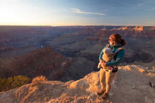 Mother with daughter standing at Grand Canyon National Park