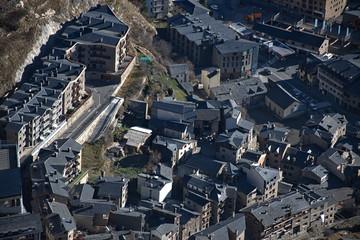 Vista aerea de la población de Canillo en Andorra.