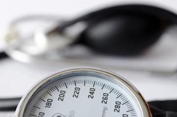 mechanical tonometr, blood pressure