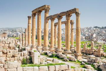 arch in ruins in antique city in Jordan