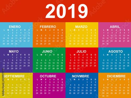 Calendario Vectorizado.Calendario 2019 En Espanol Con Colores Saturados Stock