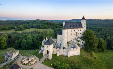 Papiers peints Chateau Aerial view of Bobolice Castle - 14th-century royal castle in the village of Bobolice, Polish Jura, Poland