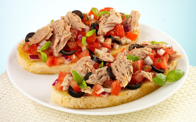 TUNA SALAD  BRUSCETTA