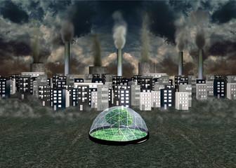 Umweltkonzept: Dunkle Stadt mit Fabrikschornsteinen unter bedrohlichem Himmel. Davor ein grüner Baum unter einer Glaskuppel. 3d render