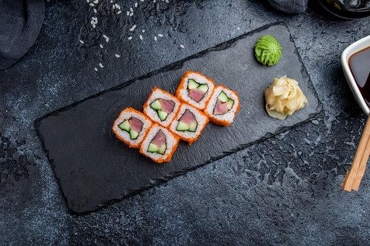 California roll with tuna