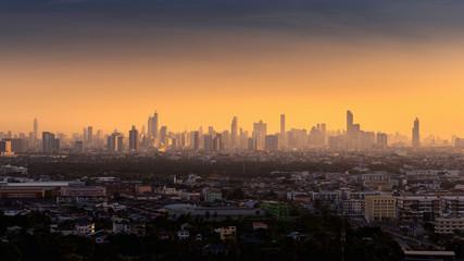 Fotomurales - Bangkok city at sunrise, Thailand.