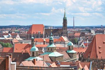 Wall Mural - Nürnberger Altstadt mit Rathaus und Lorenzkirche