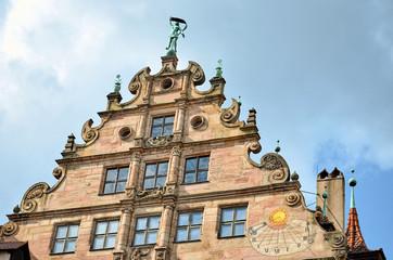 Wall Mural - Fembohaus mit Sonnenuhr, Nürnberger Altstadt
