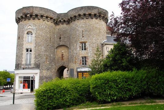Ville de Laval, La Porte Beucheresse, dans le centre ville, département de la Mayenne, France