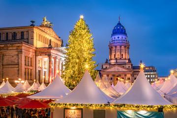 Fotomurales - Weihnachtsmarkt auf dem Gendarmenmarkt, Berlin, Deutschland