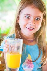 Kind will keinen Orangensaft trinken