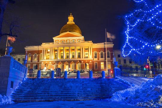 Boston state house illuminated at Christmas time
