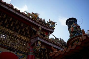 横浜中華街 お寺 赤い提灯 関帝廟