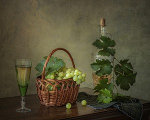 Still life with grapes and white wine