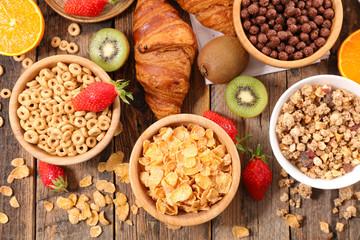 breakfast cereal assorted