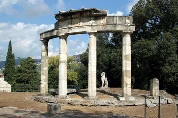 Hadrian's Villa, tivoli, italy, archaeological , Roman,  UNESCO World Heritage Site,  Emperor Hadrian, ancient, architecture,  temple, ruins, column, old, stone,  history, monument,  landmark,