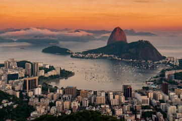 Fotomurales - View of Botafogo and the Sugarloaf Mountain by Sunset in Rio de Janeiro, Brazil